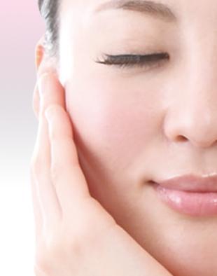 美容皮膚科 | ピアス穴あけ、ピーリング、シミ、シワ、永久脱毛 …のイメージ